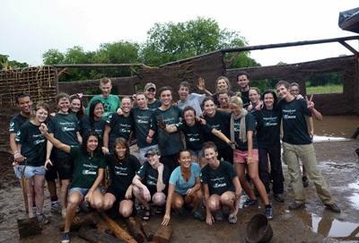 I volontari del progetto di agricoltura biologica in Argentina