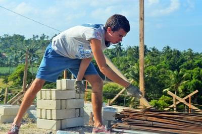 Un volontario che partecipa al Campo di Lavoro nelle Filippine, Asia
