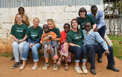 I volontari di Projects Abroad in Kenya