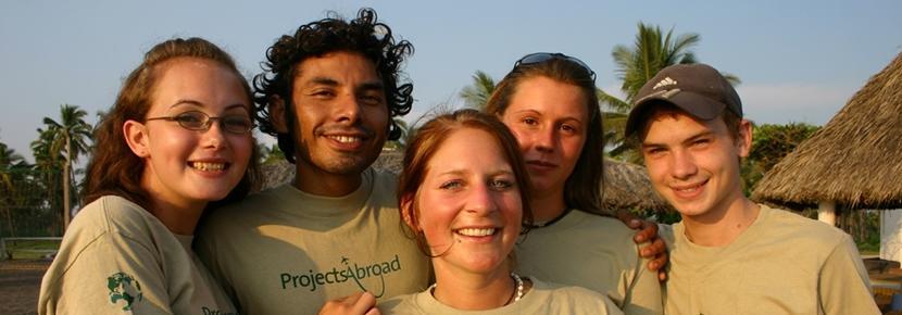 Volontari del progetto di tutela ambientale in Messico