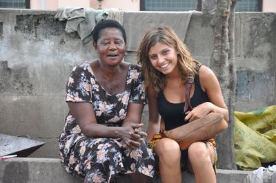 Chat e siti di incontri in Ghana equazione per la datazione di qualcuno più giovane