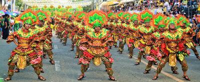 Cerimonia locale nelle Filippine