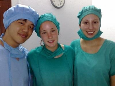 Volontari del progetto di medicina in nepal pronti a prestare servizio
