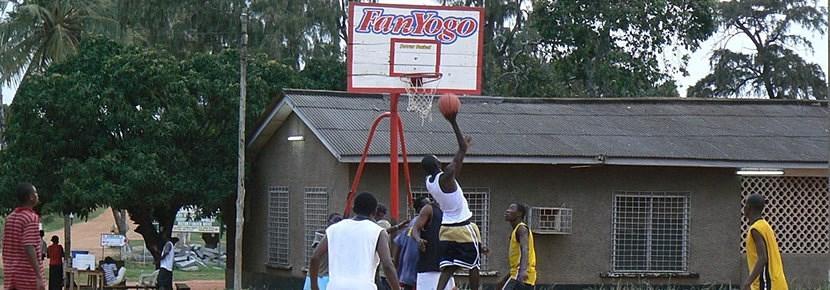 Volontariato all'estero e insegnamento della pallacanestro