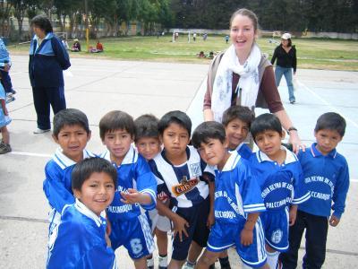 Allievi di un gruppo sportivo in Perù