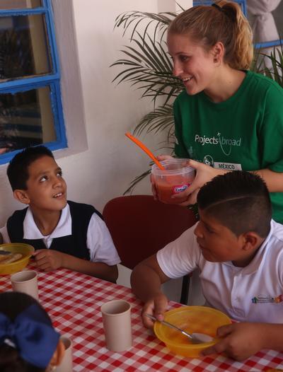 Volontaria in Messico durante le attività del progetto di Stage in Servizi Sociali