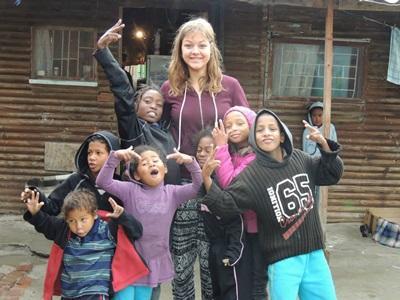 bambini nelle township in Sudafrica
