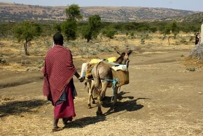 Una componente della comunità Masaai dove si svolge il progetto di volontariato culturale