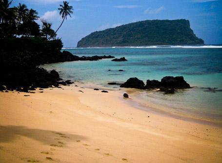 Vista di una meravigliosa spiaggia di Samoa