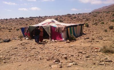 Una famiglia nomade in Marocco