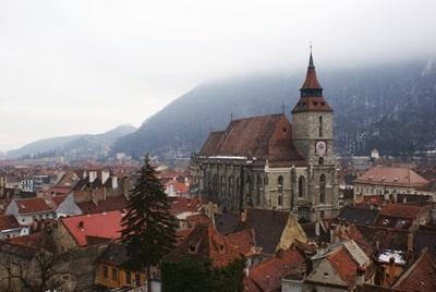 Foto della città di Brasov scattata da un volontario in missione