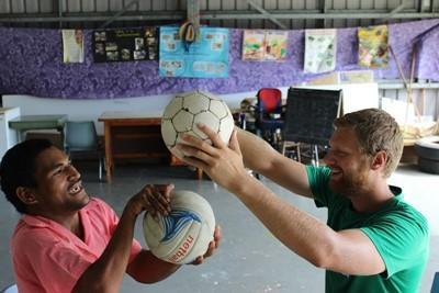 Volontario stagista per il progetto di fisioterapia alle Samoa